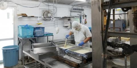 川上食品【豆腐のルート配達スタッフ】の求人募集画像